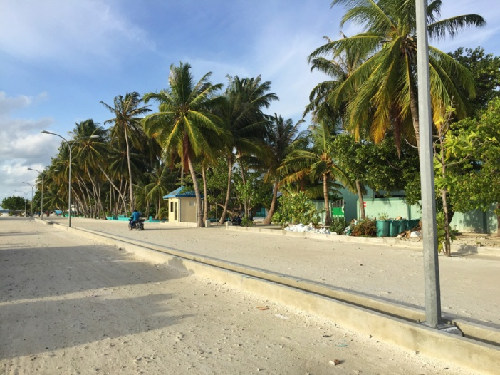 greentravelers - maldives - beach 03